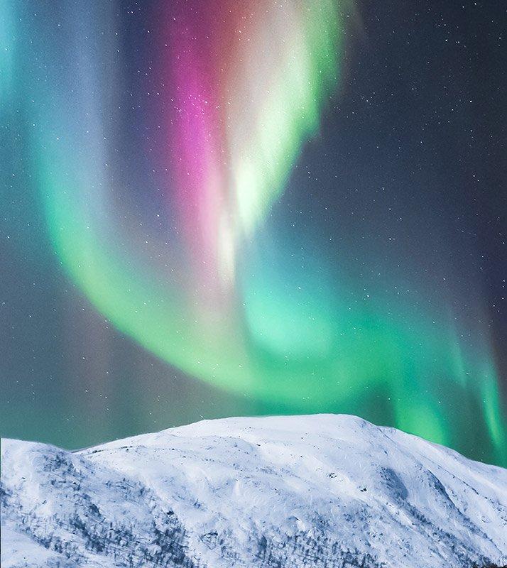 aurora polar violeta