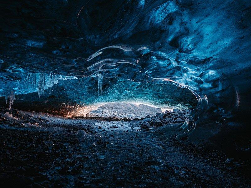 donde estan las cuevas de hielo