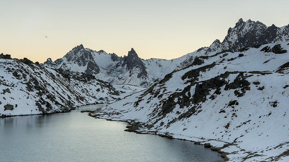 lago long valle de la claree