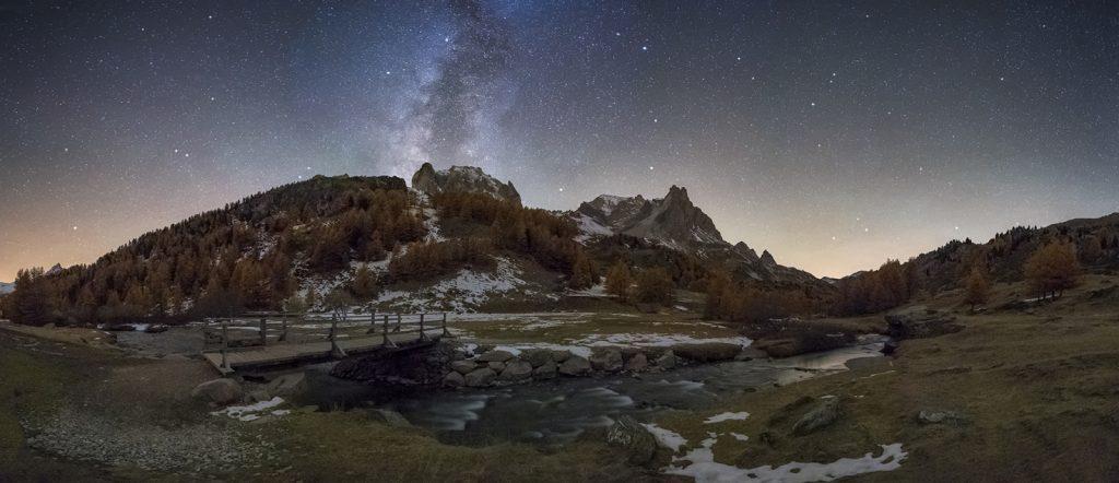 Valle de la claree de noche