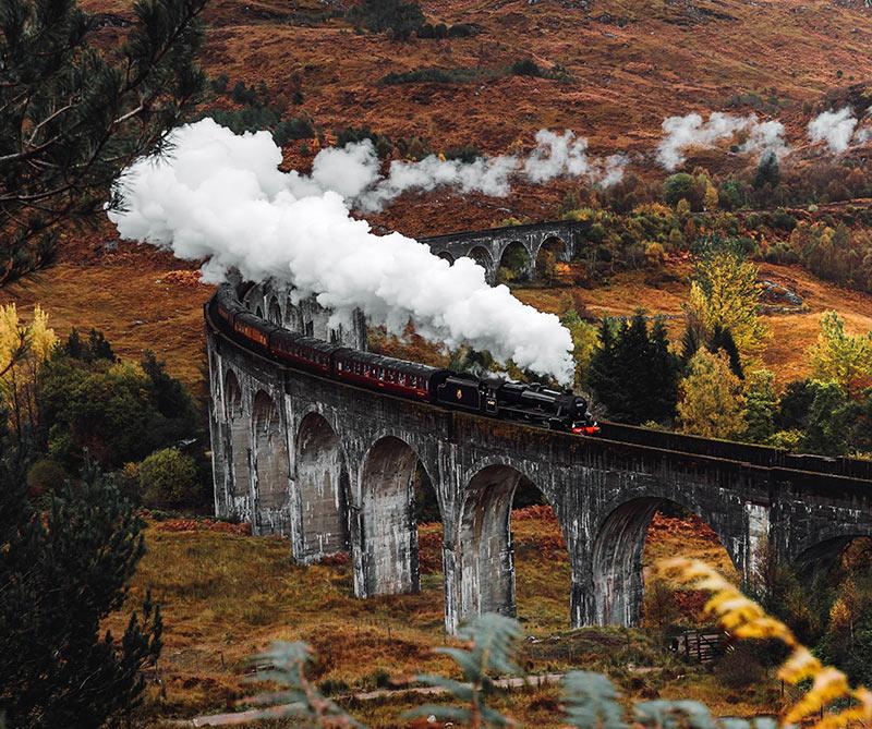 Tren de vapor Jacobite Express escocia